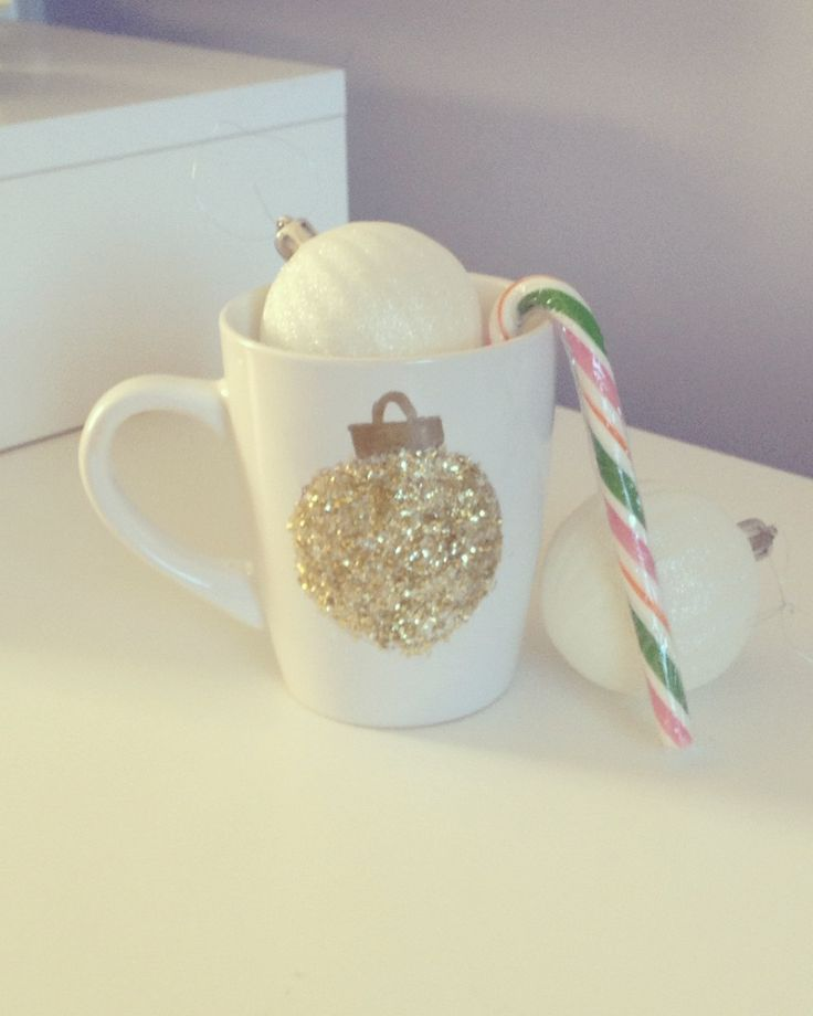Christmas mug. Gold glitter bauble design. Christmas present. Secret Santa gift. Stocking filler. Gift for her. Present for loved one