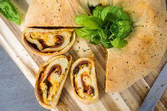 Pizza-Kranz / Tortano – italienisches Pizza-Brot