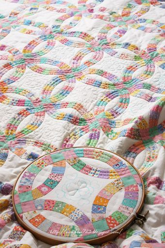 238 best Double Wedding RingQUILTS images on Pinterest Wedding