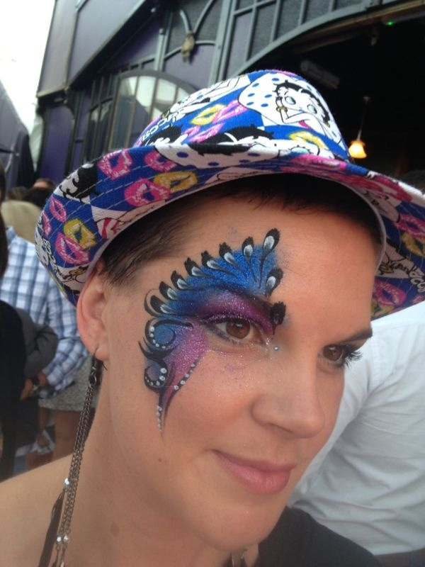 Madame Zingara fun last night! #magic #facepaint #zingarian
