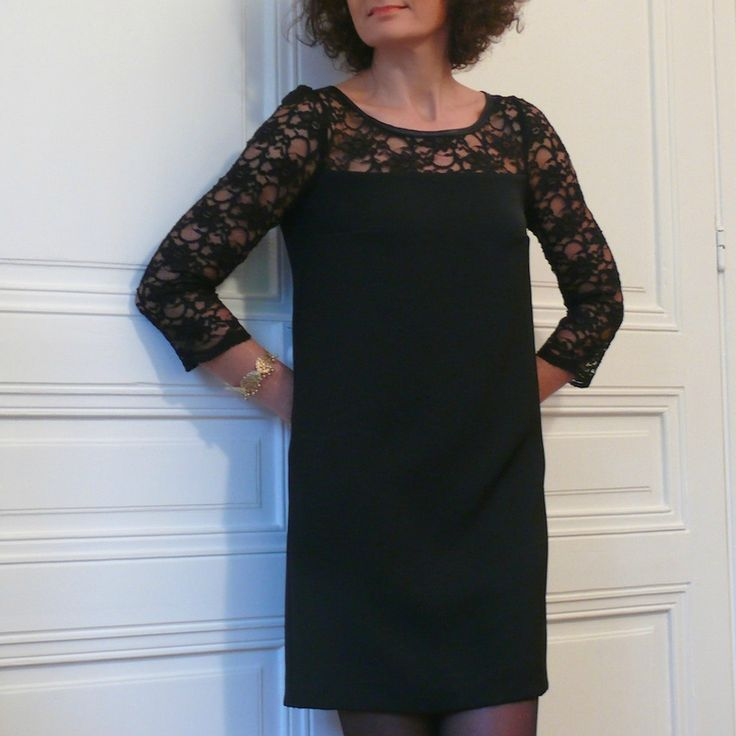 Robe Vanessa Republique du Chiffon par la blogueuse @beemade portée avec un joli bracelet .BAZAR DE FILLES.