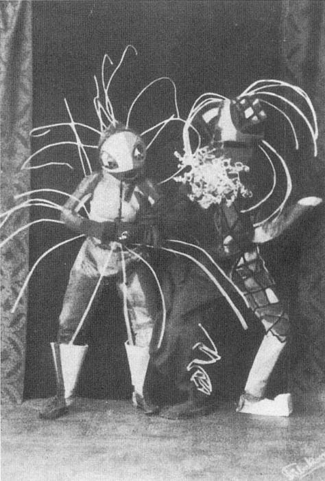 ¤ BAUHAUS  Walter Holdt and Lavinia Schulz preforming as Tobaggan and Springvieh,  Hamburg, ca. 1922. from Theatre  Dancing chapter of Empire of Ecstasy [