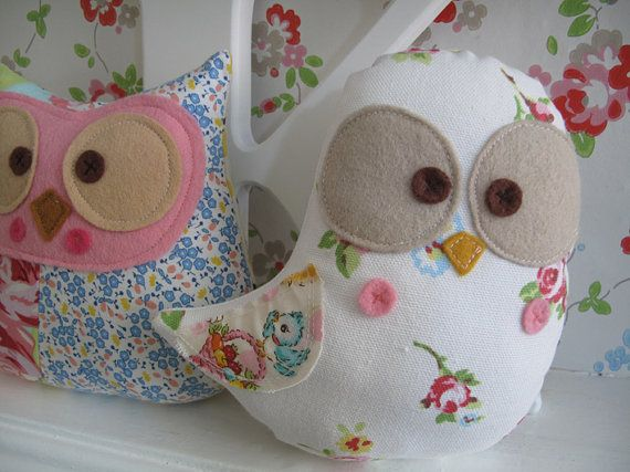 Stuffed owls and birds - for future reference.