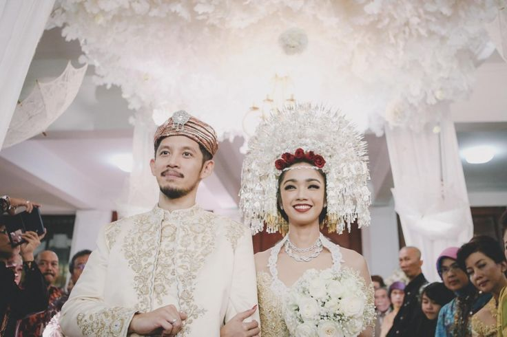 padang wedding dress - Google Search