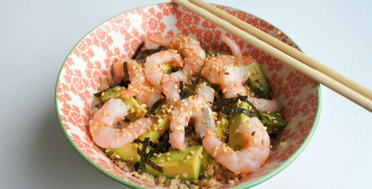 Sushi bowl met quinoa en garnalen