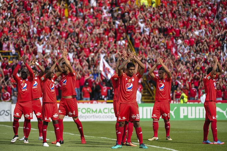 Fiesta roja en El Campín: así vivieron los hinchas el triunfo de América de #Cali Ganaron 0X3 a la Equidad en #Bogota