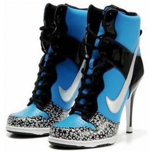 nike dunk heels