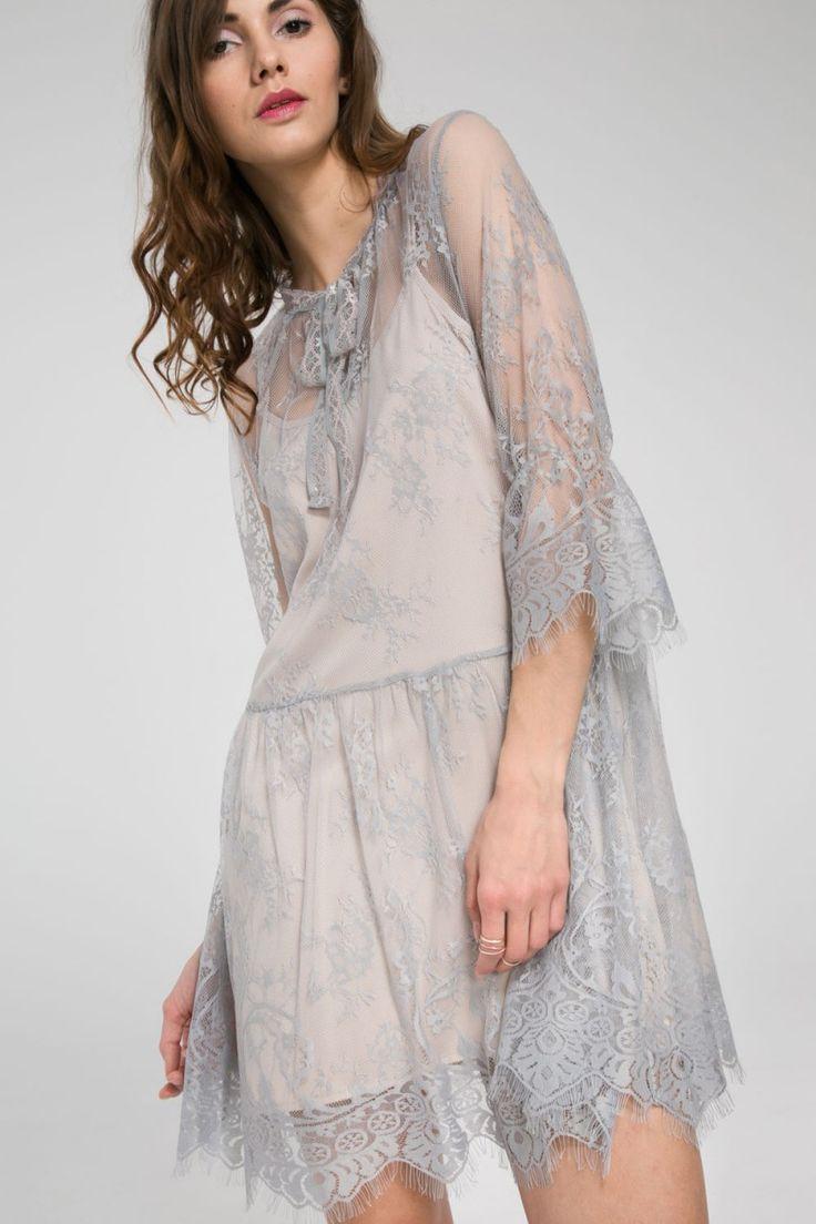 Luźna sukienka koronkowa - szary