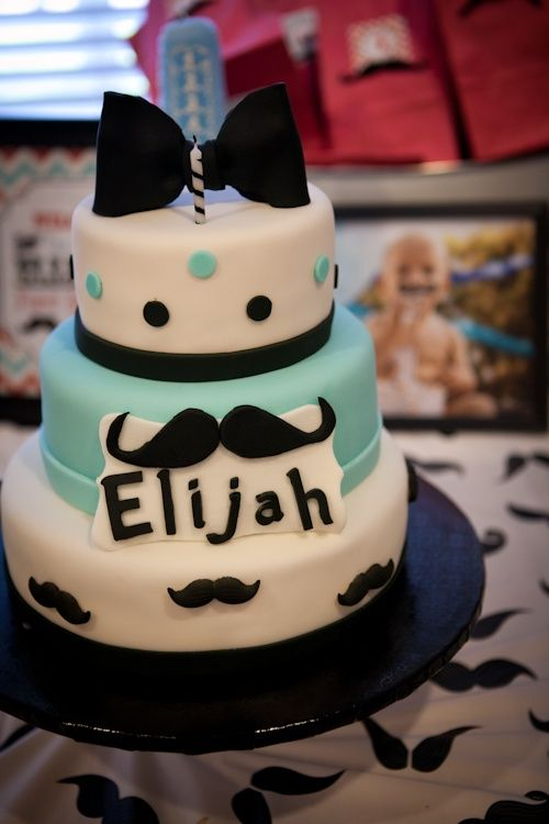 Preparing for your baby: Mustache Themed Baby Shower