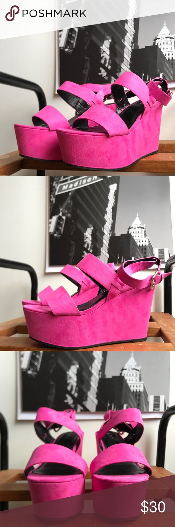 🙌🏾Brand New Aldo Wedges #0188AO Brand new faux suede hot pink open toe platform wedge sandals. Notice the gold metal detail on the toe strap area. These are sure to draw attention perfect for date night!! #pink #wedges #aldo #women #size8.5 #hotpink #chic #fashion #platforms Aldo Shoes Wedges