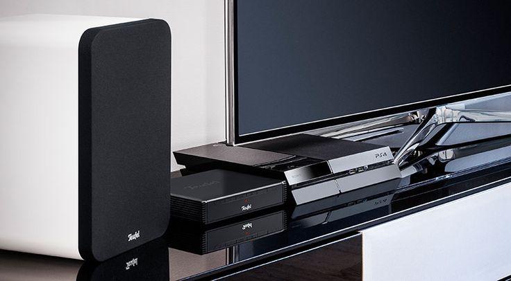 Als perfekte Alternative zu Soundbar und Sounddeck-Systemen versteht Lautsprecher Teufel GmbH das neue Teufel Ultima 20 Complete, ein Paket aus 2.1-Kanal Receiver, einem Paar kompakter Regal-Lautsprecher-Systeme und aktivem Subwoofer.