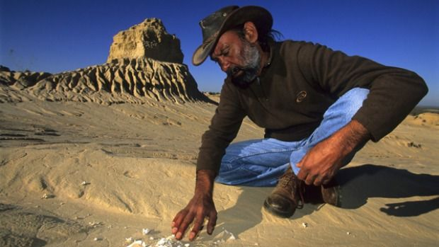 In the dunes of Lake Mungo, Bruce Elder explores one of the world's most significant archaeological sites.