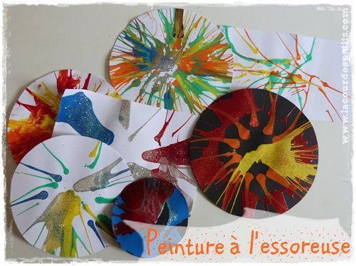 Peinture à l'essoreuse à salade | La cour des petits http://www.lacourdespetits.com/peinture-essoreuse-a-salade/ Une technique de peinture très sympa pour les maternelles ou les plus grands, avec trois fois rien.
