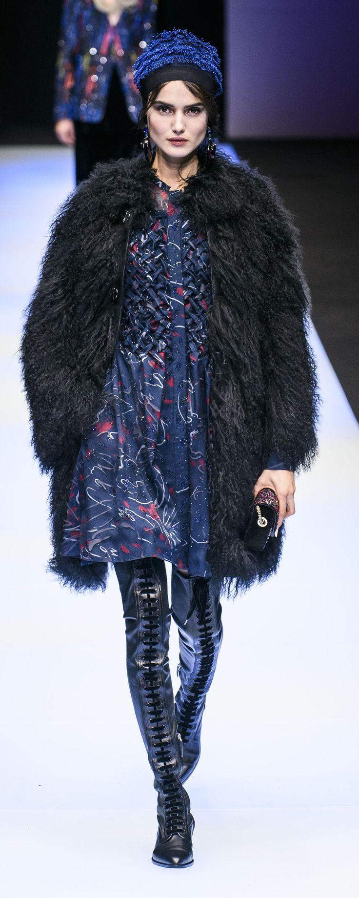 Giorgio Armani Fall-winter 2018-2019 - Ready-to-Wear - http://www.orientpalms.com/Giorgio-Armani-7151 - ©ImaxTree