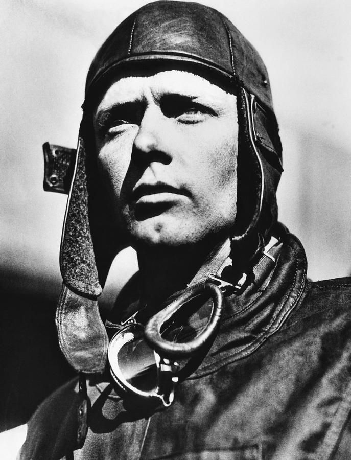 an overview of the life of charles lindbergh an american pilot The wife of fellow aviator charles lindbergh, she was an aviation pioneer and an acclaimed author whose books (gift from the sea) and articles spanned the.