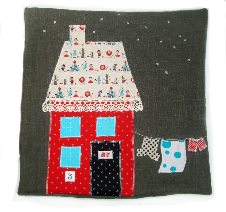 Applique House Pillows - Starry night ... LOVE LACE