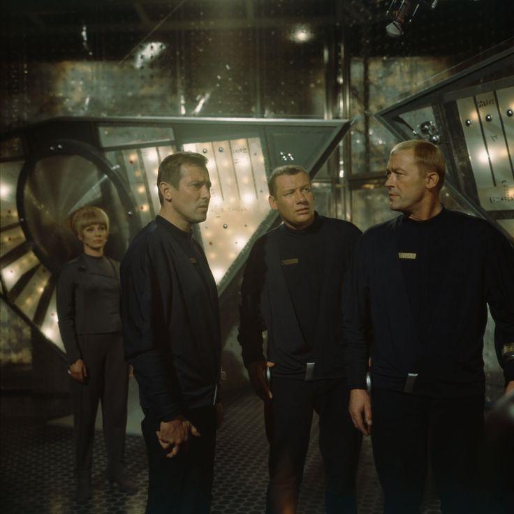 Raumpatrouille Orion - Claus Holm (Leutnant Hasso Sigbjörnson), Wolfgang Völz (Leutnant Mario de Monti), Dietmar Schönherr und Eva Pflug