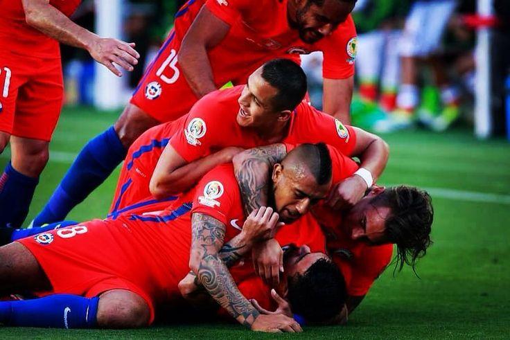 Chile golea 7 - 0 a México