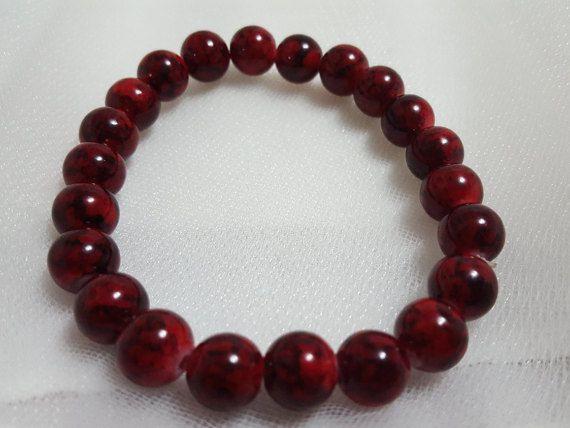 Mannen donkere Crimson steen handgemaakte kralen door PookaBeads