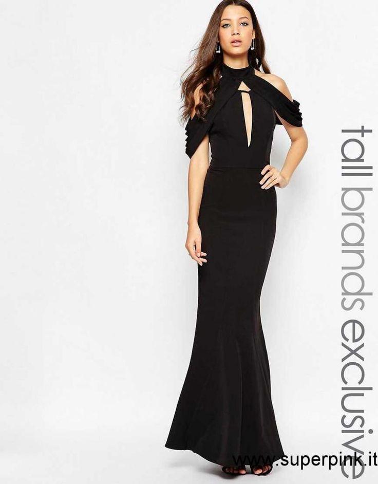 Vestito lungo nero scollato dietro delle