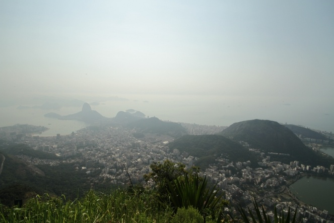 Sugar loaf and Rio de Janeiro seen from Corcovado. A really nice place :-)
