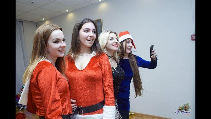 """Танцевальный дуэт """"Big Russian Girls"""". Танец Снегурочек. ВЕРСУС"""