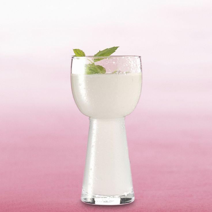 Viileän vaalea greippisima virkistää vappuna! Nappaa resepti talteen: http://www.dansukker.fi/fi/resepteja/vaalea-greippisima.aspx #sima #vappu #greippi