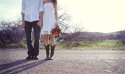 Short Lace Wedding Dresses With Cowgirl Boots