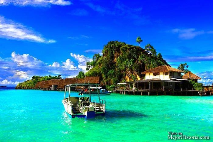 Raja Ampat Indonesia - El archipiélago de las islas Raja Ampat es un archipiélago de Indonesia localizado al noroeste de la península de Doberai, al noroeste de la isla de Nueva Guinea