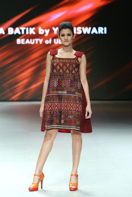 Indonesia Fashionweek 2014 - tenun