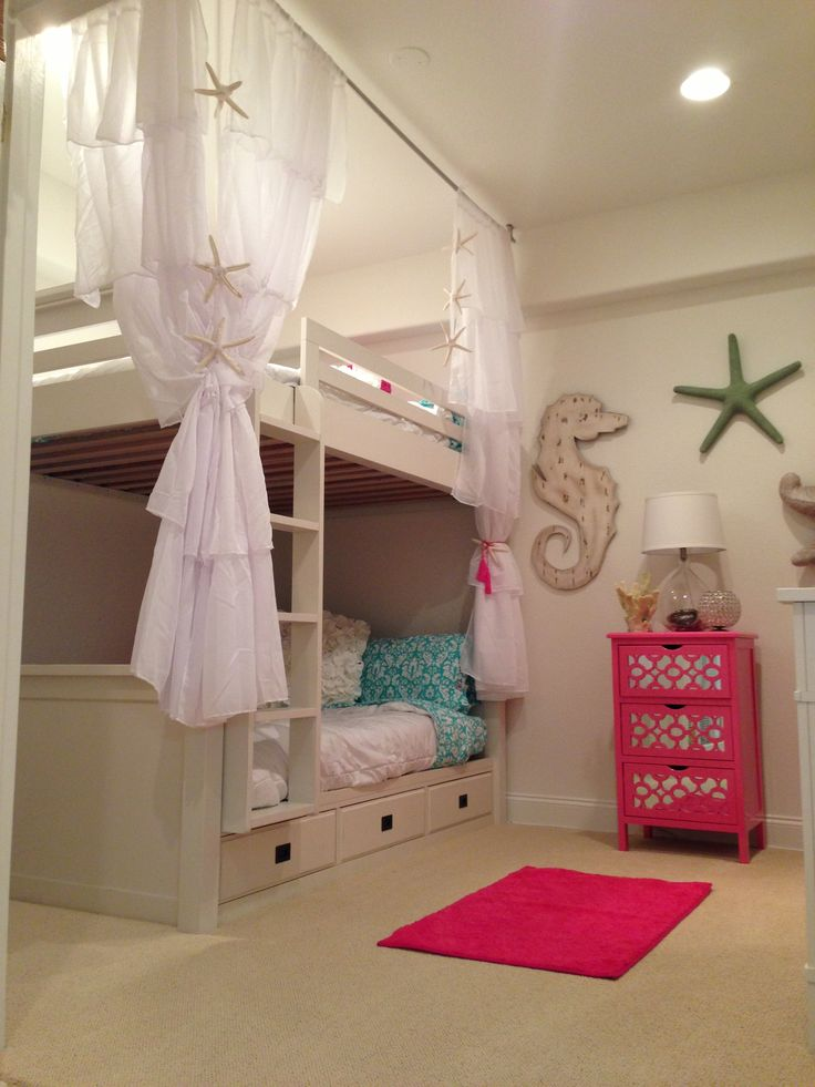 Girls beach bedroom