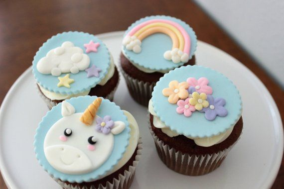 6 HANDMADE EDIBLE UNICORN HORN AND EARS CUPCAKE TOPPERS FONDANT PARTY