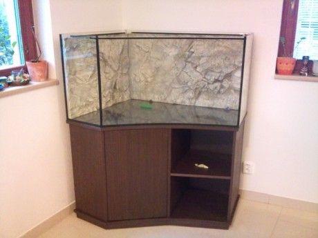 AKVÁRIA NA MÍRU design aquarium - Fotoalbum - Akvária - naše realizace - Akvárium rohové s vypouklím sklem