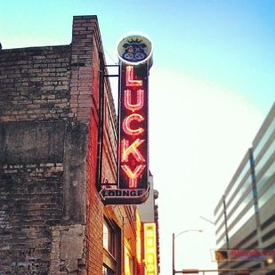 TEXAS: Lucky Lounge, Austin | America's Most Popular Bars In 2013
