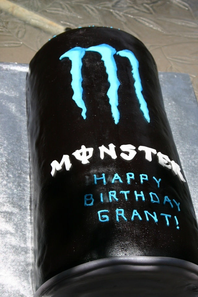 monster energy drink cake