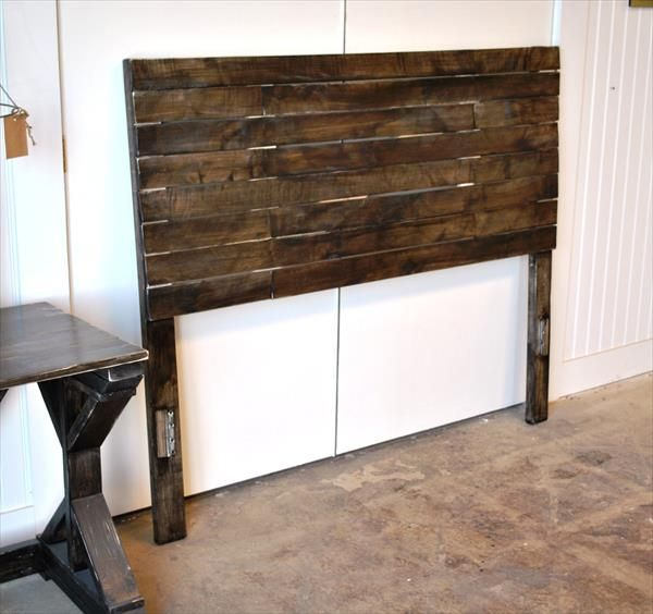 Diy pallet bed headboard pallet furniture diy home for Diy pallet headboard king