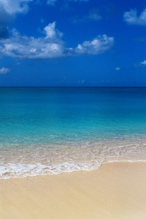 50 Shades of Blue - Five Things You Can See on a Grace Bay Beach Walk