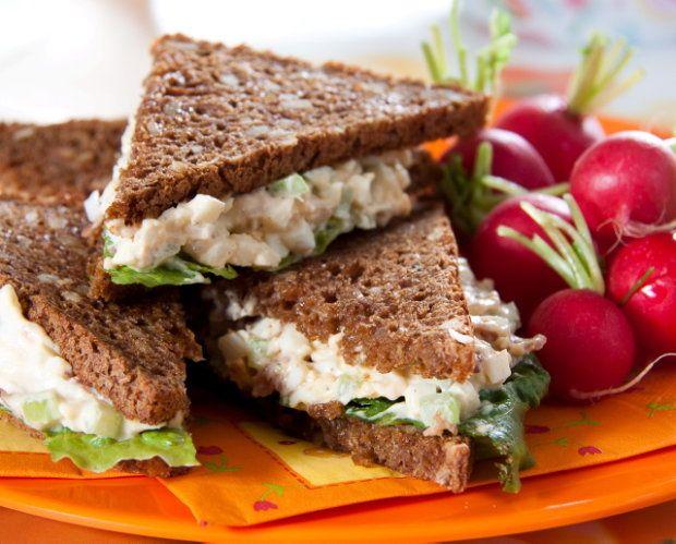 Żegnajcie nudne kanapki - przepisy na proste pasty