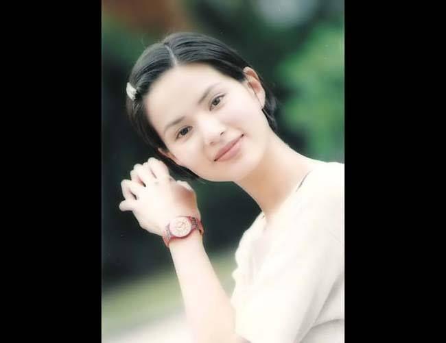 Cô Cô - Lý Nhược Đồng, trong sáng đoan trang, trầm tư thoát tục