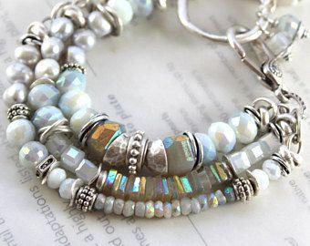 pulsera, pulsera de piedra de luna arco iris, moonstone gris pulsera, pulsera de perlas, pulsera Bohemia, gris pulsera, pulsera chic boho, para ella