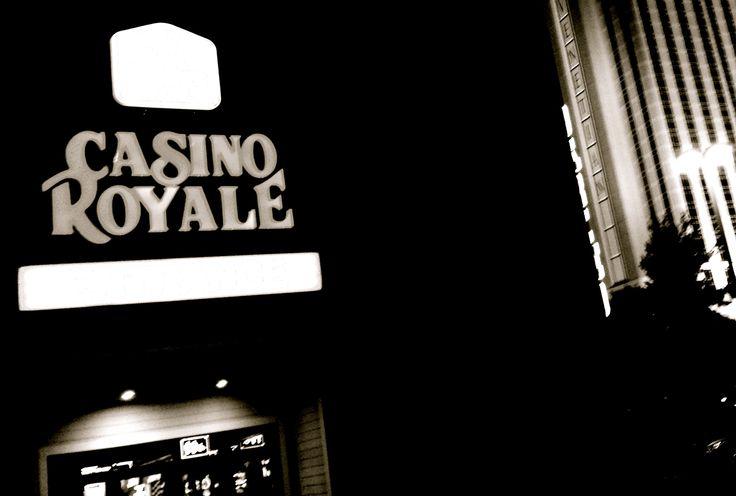 ラスベガス・ストリップのモーテル「カジノ・ロワイヤル」