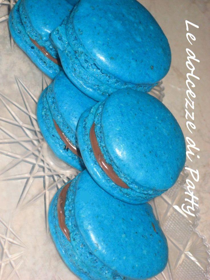MACARONS ALLA NUTELLA - Qui la #ricetta #BlogGz: http://blog.giallozafferano.it/sanpatty/i-miei-secondi-macarons-ricetta-dolce/ #GialloZafferano #macarons #nutella #dolce #merenda