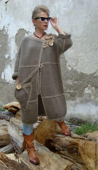 Верхняя одежда ручной работы. Заказать Пальто вязаное авторское. Светлана Волкодав. Ярмарка Мастеров. Пальто демисезонное, полушерстяная пряжа