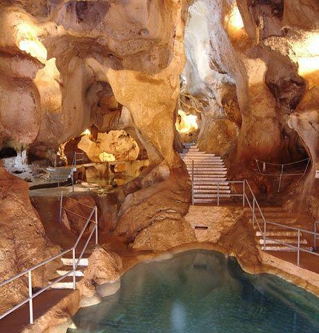 Cueva del Tesoro (Rincón de la Victoria, Málaga)