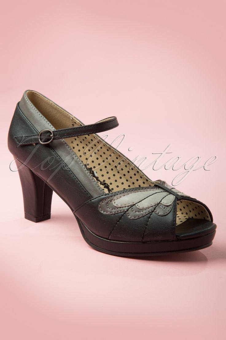 Got 'm, Love 'm! Bettie Page Shoes - 40s Aglais Peeptoe Pumps in Black