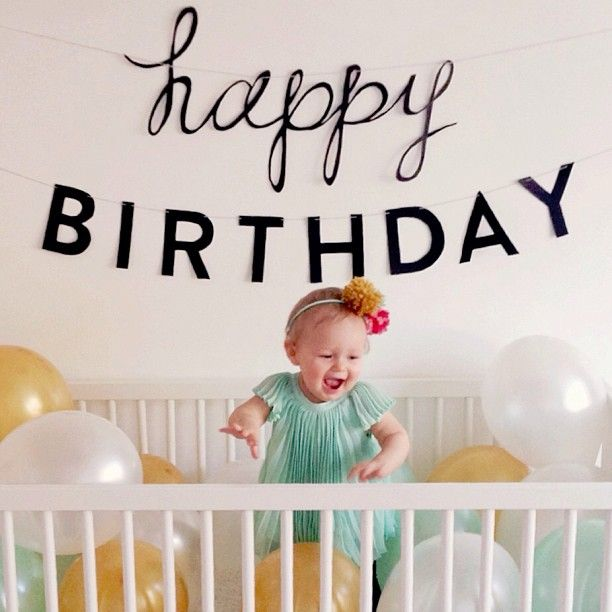 Balloons in the crib photo on birthday! Cute idea