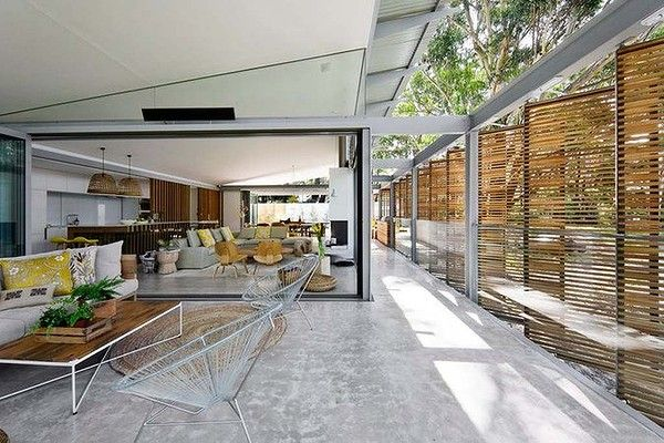 Avoca Beach House, by Architecture Saville Isaacs. Was a finalist in the Australian Interior Design Awards residential decoration category.