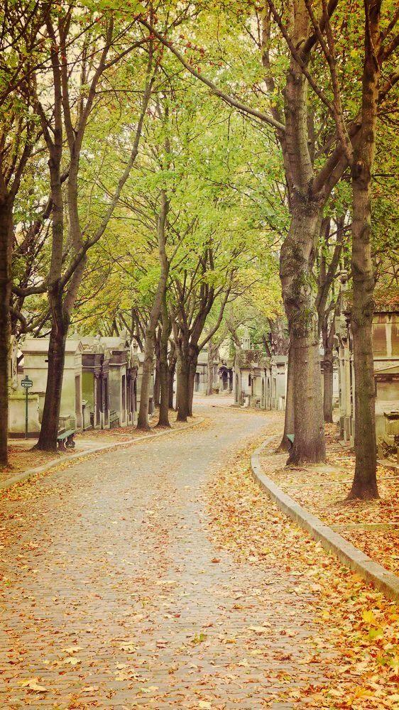 Père Lachaise cemetery in autumn, Paris, France