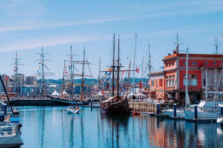 https://flic.kr/p/LtR8HQ   Puerto A Coruña