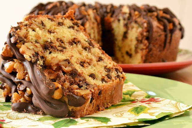 The view from Great Island: Chocolate Chip Coffee Cake and a blog awardDesserts, Chocolate Chips, Coffee Cakes, Chocolates Chips, Sweets Treats, The View, Chips Coffee, Coffe Cake, Blog Awards